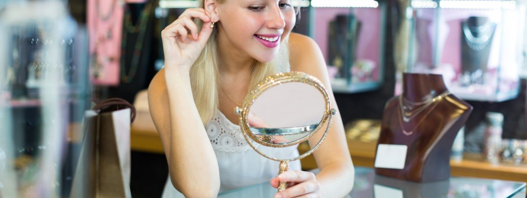 ¡Moderniza tu look con unos buenos pendientes!
